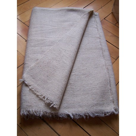 Handwoven wool blanket without desing