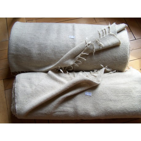 415 grams Twill 2/1 hand woven fabric off white (27)
